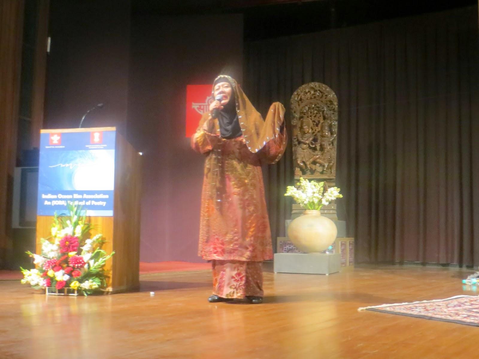 Festival Puisi Antarabangsa India