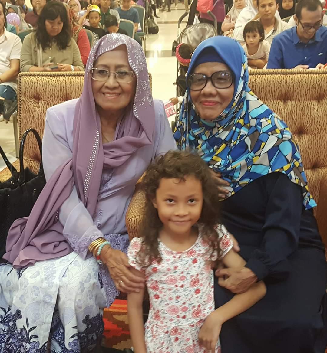 Bersama Rosnani Jamil